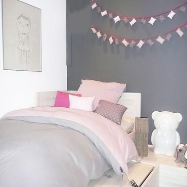 Jolie deco chambre adulte gris et rose
