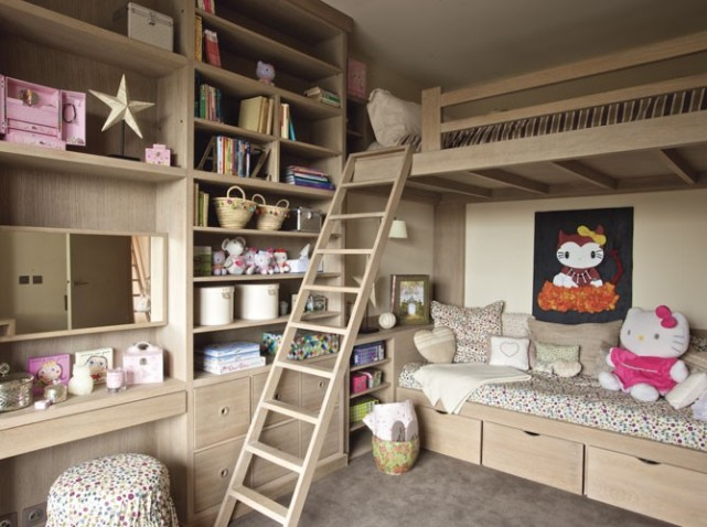 Deco chambre bebe fille liberty for Organisation chambre bebe