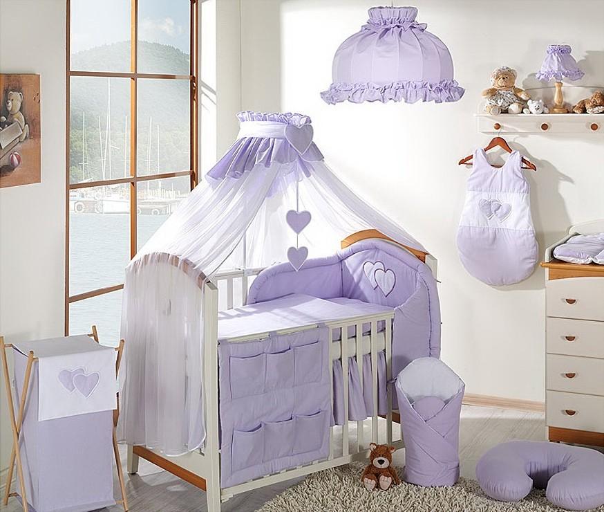Deco chambre bebe fille parme for Rideau parme chambre fille