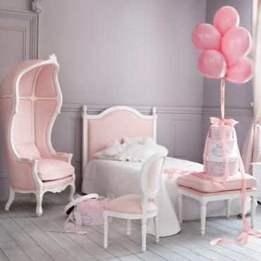 modèle deco chambre bebe fille princesse