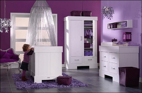 deco chambre bebe fille violet. Black Bedroom Furniture Sets. Home Design Ideas