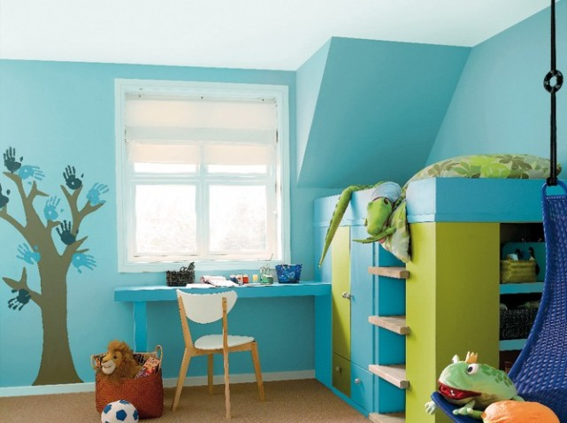 Deco chambre bebe garcon bleu et vert - Chambre garcon bleu ...