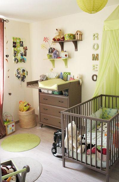 Jolie deco chambre bebe garcon bleu et vert