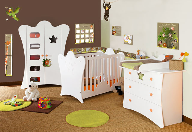 deco chambre bebe theme jungle. Black Bedroom Furniture Sets. Home Design Ideas