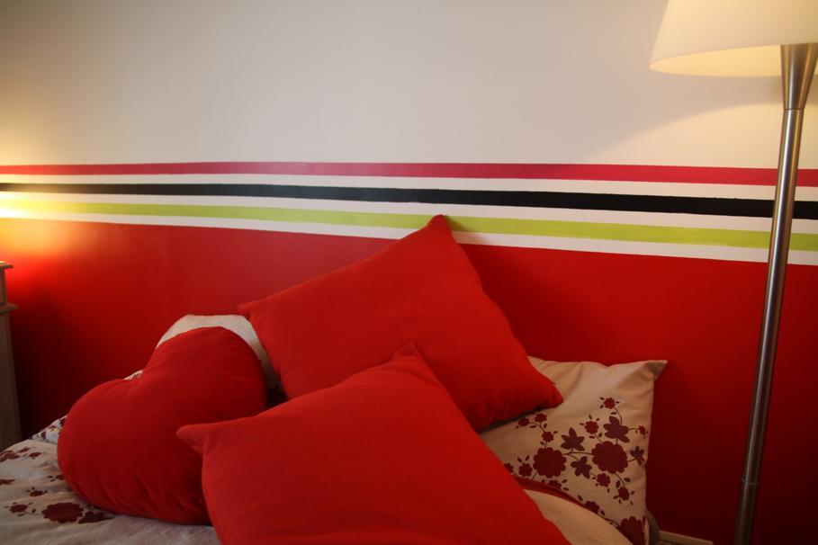 D co chambre adulte rouge et blanc for Deco appartement rouge et blanc