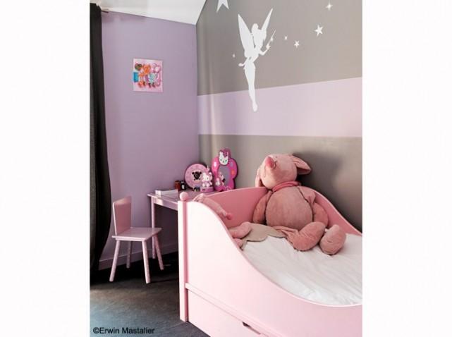 Photo déco chambre fille rose et noir