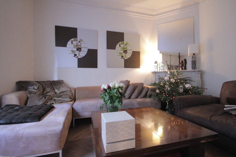d co salon taupe et blanc. Black Bedroom Furniture Sets. Home Design Ideas
