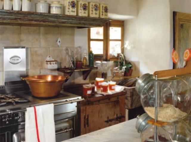 D coration cuisines anciennes for Deco cuisine ancienne