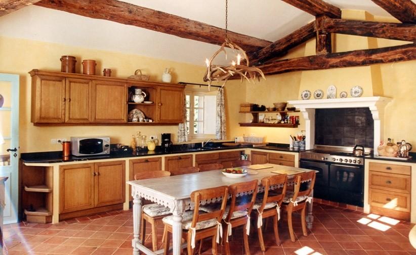 D coration cuisines anciennes for Amenagement cuisine ancienne