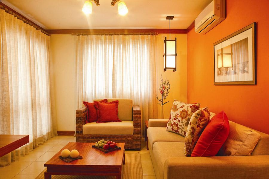 belle décoration salon couleurs chaudes - Photo Déco