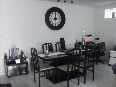 jolie décoration salon salle à manger noir et blanc - Deco Salle A Manger Noir Et Blanc