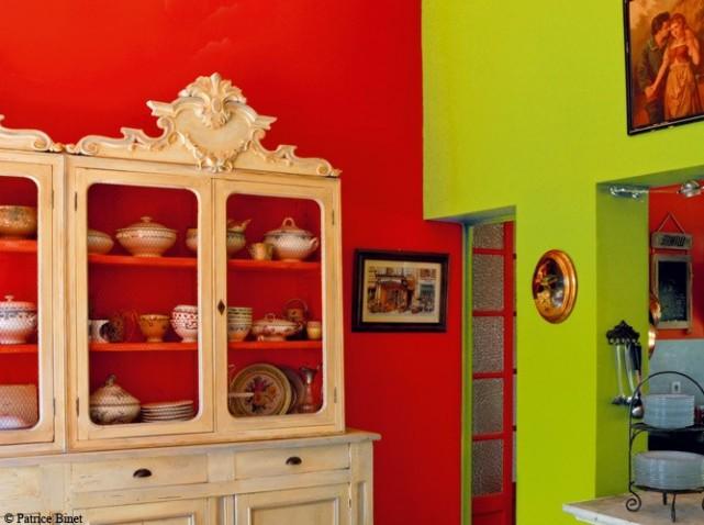 Beautiful Chambre Verte Et Rouge Pictures - Design Trends 2017 ...