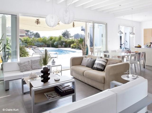 Deco salon design blanc for Amenagement salon design