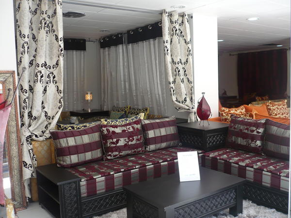 deco salon marocain. Black Bedroom Furniture Sets. Home Design Ideas