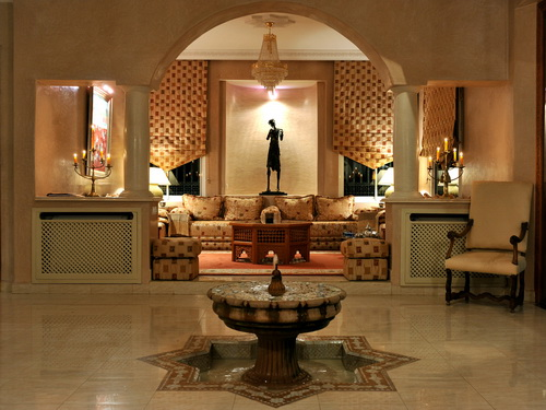 decoration salon marocain perfect image of salon marocain decorating moroccan living room with. Black Bedroom Furniture Sets. Home Design Ideas
