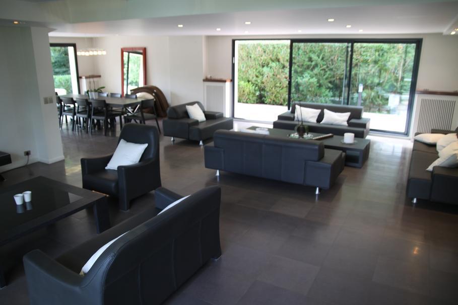 Emejing Decoration Maison Salon Moderne Images - Design Trends ...