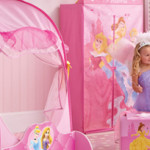 Decoration chambre fille princesse disney - Chambre fille princesse disney ...