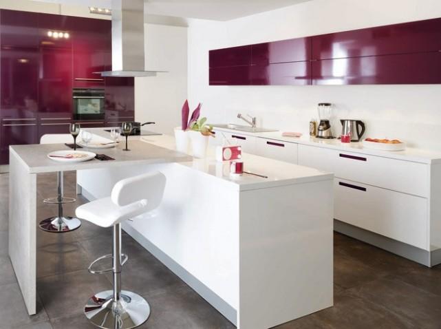Idee deco cuisine blanc et rouge - Decoration cuisine moderne rouge et blanc ...