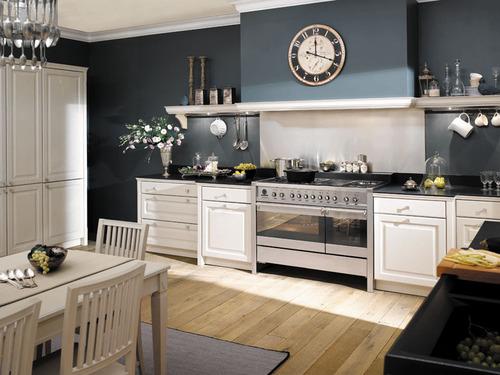 belle idee deco cuisine blanche et bleu - Photo Déco