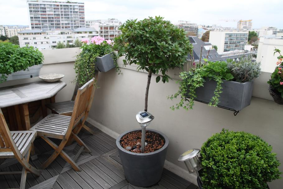 belle aménagement balcon terrasse appartement - Photo Déco