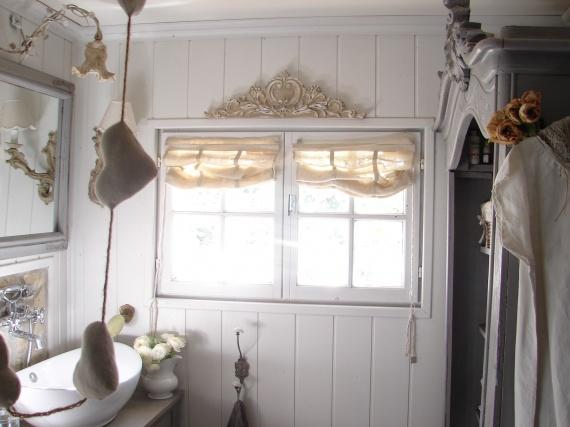 d co salle de bain romantique. Black Bedroom Furniture Sets. Home Design Ideas