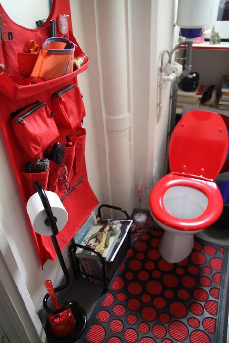 déco wc rouge et blanc