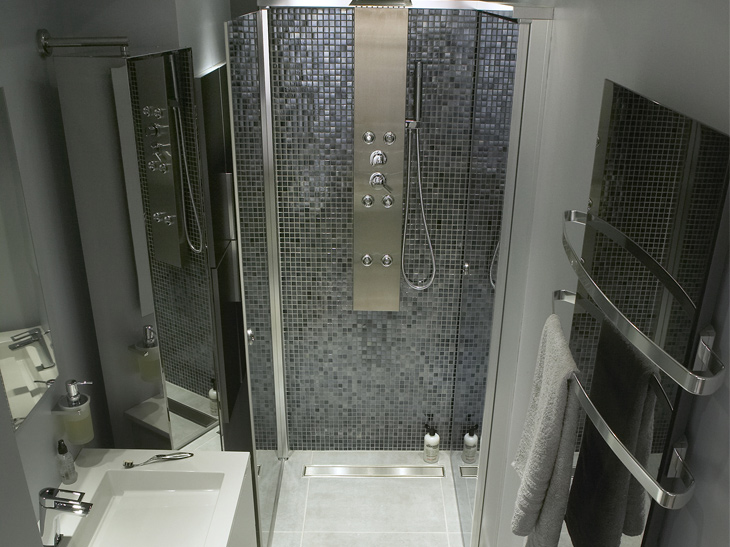 deco salle de bain a l 39 italienne. Black Bedroom Furniture Sets. Home Design Ideas