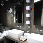 deco salle de bain carrelage noir et blanc