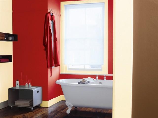 Deco salle de bain couleur rouge - Couleur peinture salle de bain ...