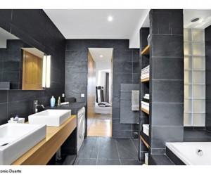 Deco salle de bain gris et rouge - Salle de bain rouge et grise ...