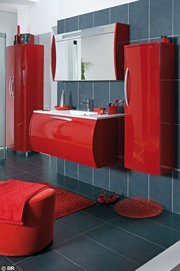 deco salle de bain meuble rouge. Black Bedroom Furniture Sets. Home Design Ideas