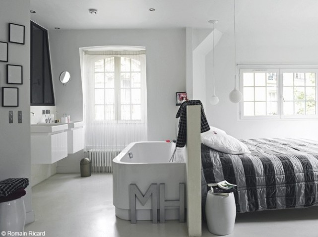 deco salle de bain petit espace. Black Bedroom Furniture Sets. Home Design Ideas