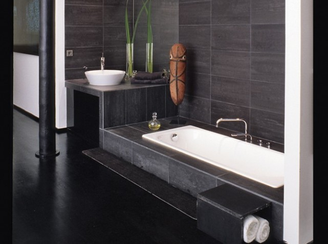deco salle de bain petite surface. Black Bedroom Furniture Sets. Home Design Ideas