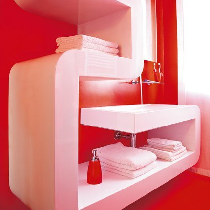 deco salle de bain rouge et blanc. Black Bedroom Furniture Sets. Home Design Ideas