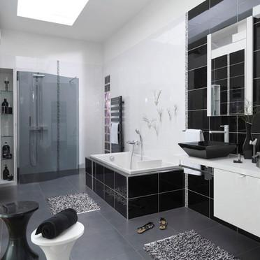 organisation deco salle de bains noir et blanc