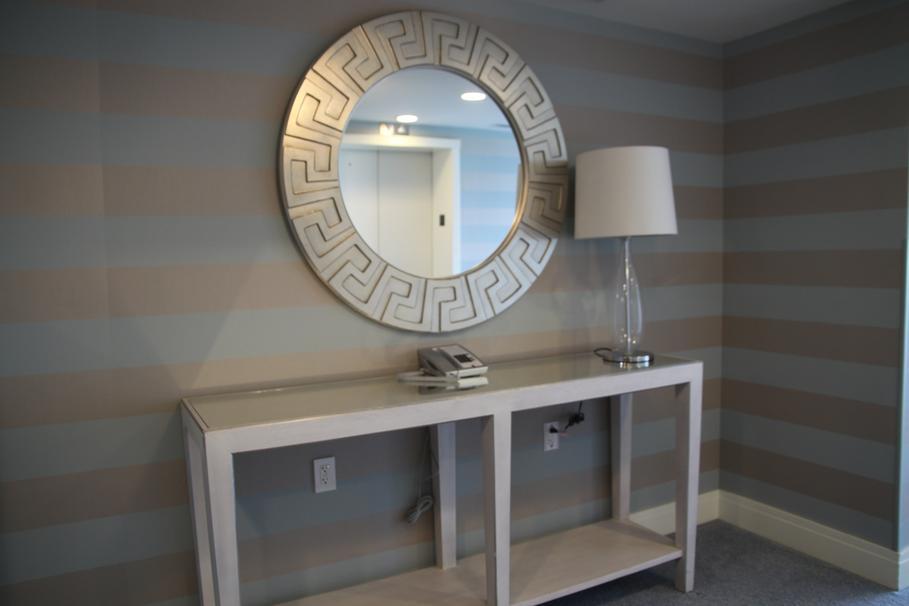 d co entree gris blanc. Black Bedroom Furniture Sets. Home Design Ideas