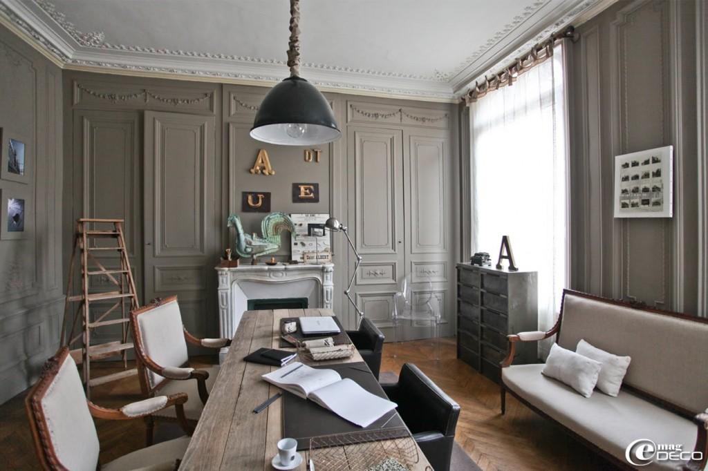 D co entr e maison bourgeoise for Deco maison bourgeoise