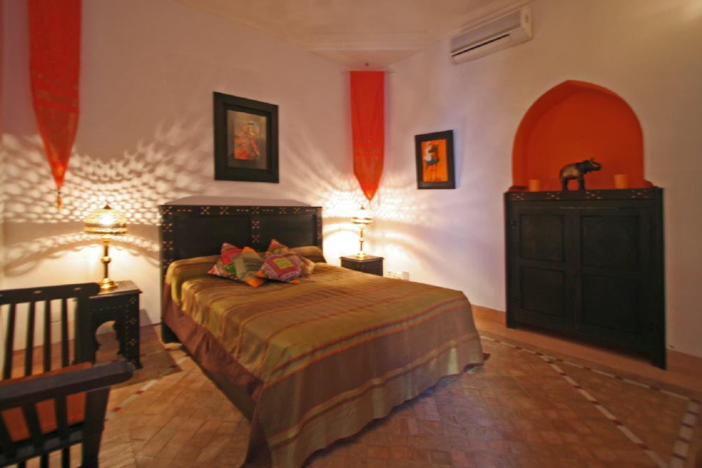 d co entr e orientale. Black Bedroom Furniture Sets. Home Design Ideas