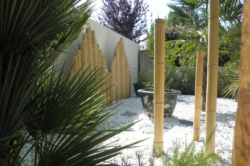 decoration de jardin en bambou