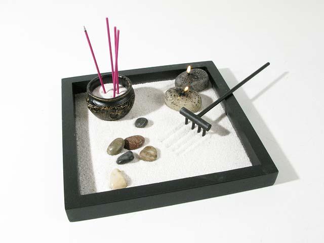 idée déco jardin zen miniature