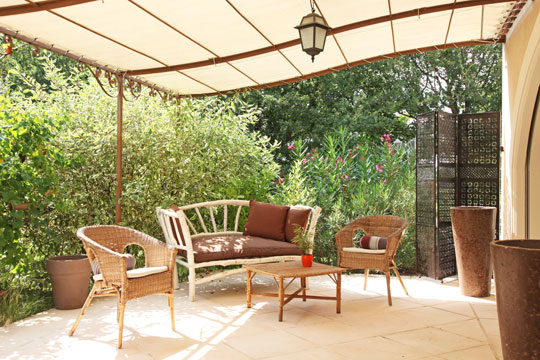 photodeco.fr/wp-content/uploads/2014/05/photo-decoration-déco-terrasse-couverte-3