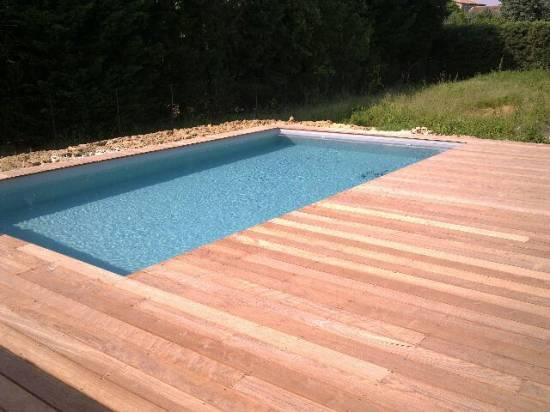 D co terrasse piscine bois for Deco terrasse piscine