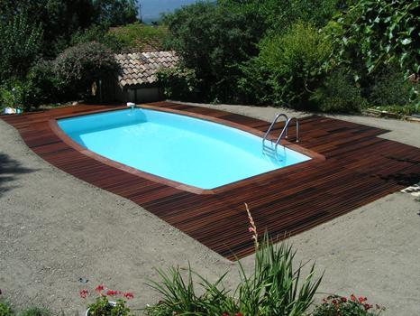 univers déco terrasse piscine bois .