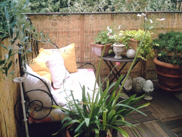 cheap perfect idee deco petite terrasse with idee deco petite terrasse with ide amnagement petite terrasse