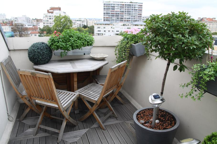 D coration balcon terrasse appartement for Amenagement balcon terrasse appartement