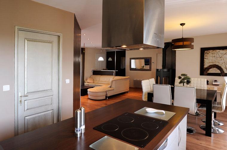 D coration d 39 une maison neuve for Belle deco maison