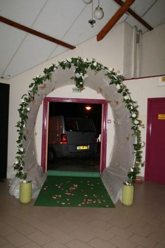 D coration entr e salle mariage for Decoration porte entree pour mariage