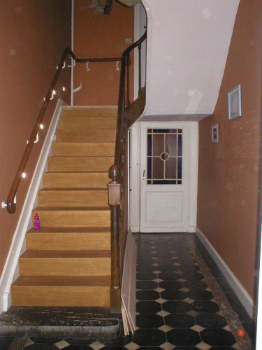 decoration hall d entree avec escalier