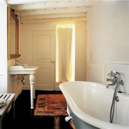 d coration salle de bain l 39 ancienne. Black Bedroom Furniture Sets. Home Design Ideas