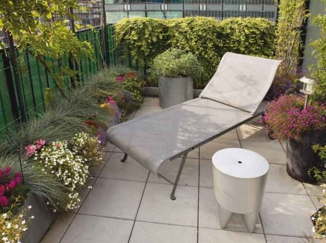 D coration terrasse appartement ville for Amenagement jardin 15m2